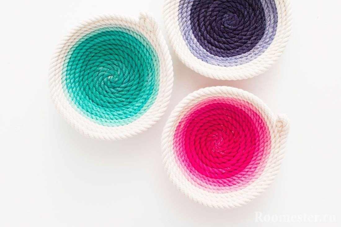 Цветные вазы из толстой нити