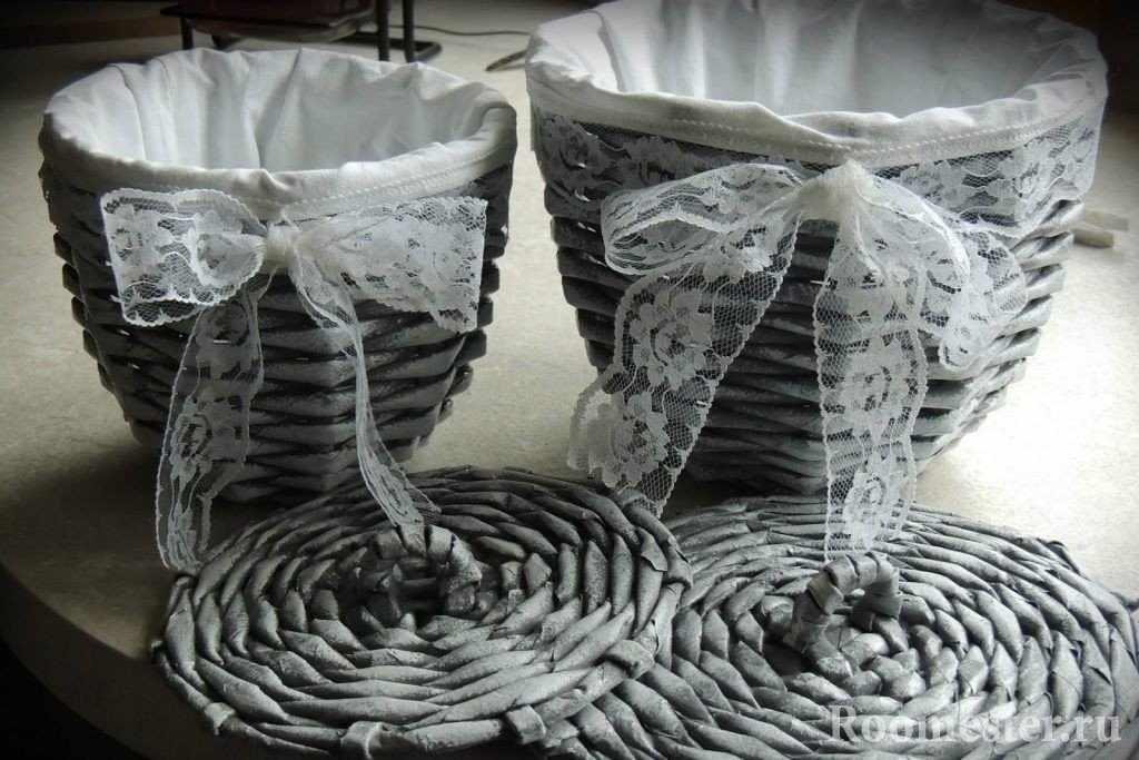 Плетенные вазы из бумажных трубочек