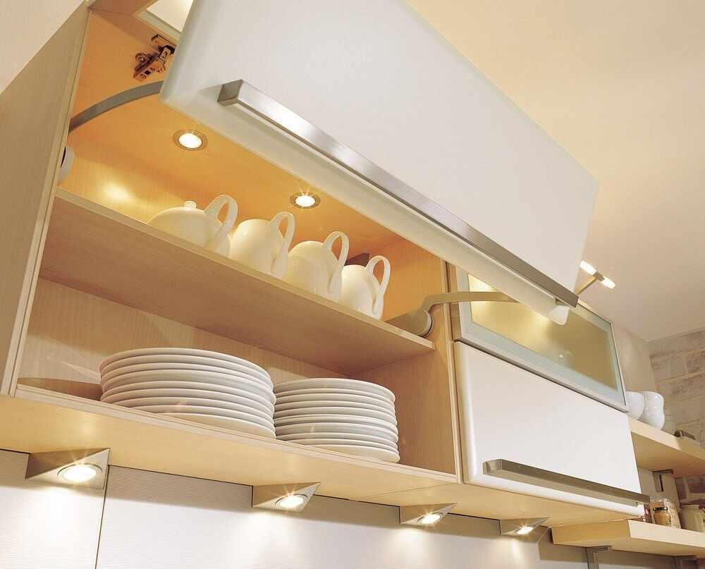 Освещение внутри кухонных шкафов