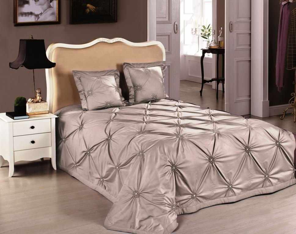 Покрывало из синтепона на кровать