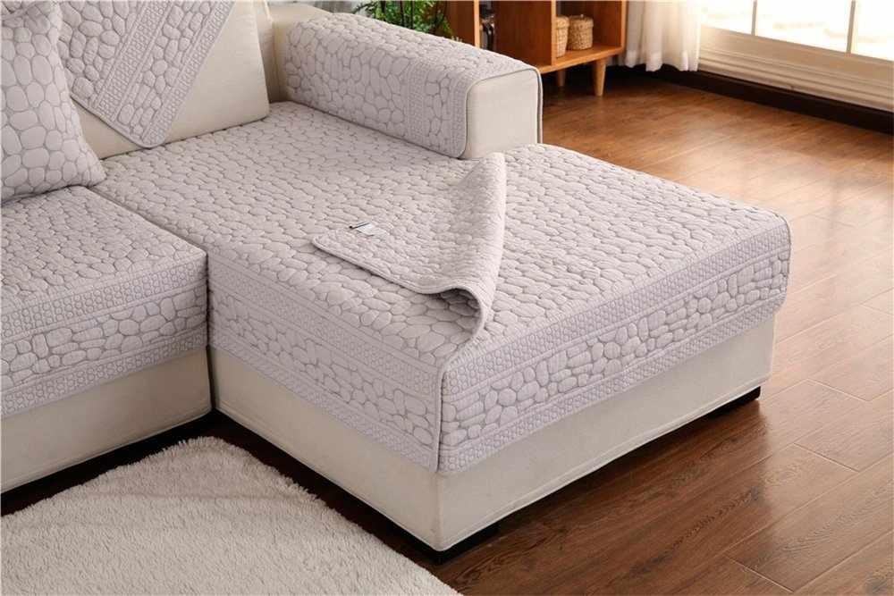 Покрывало в современном стиле на диване