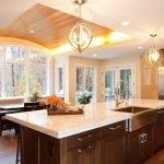 Вариант потолка на кухне