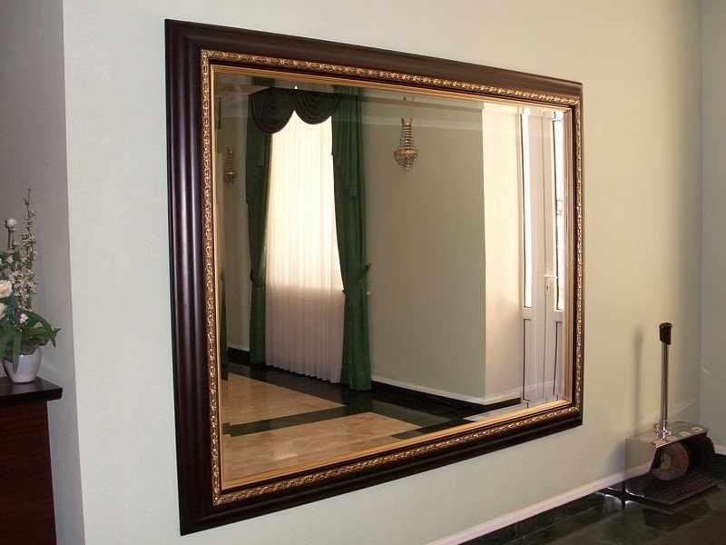 Рама для зеркала из потолочного плинтуса