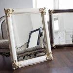 Белая рама для зеркала изготовленная своими руками
