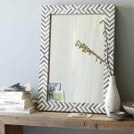Картонная рама для зеркала изготовленная своими руками