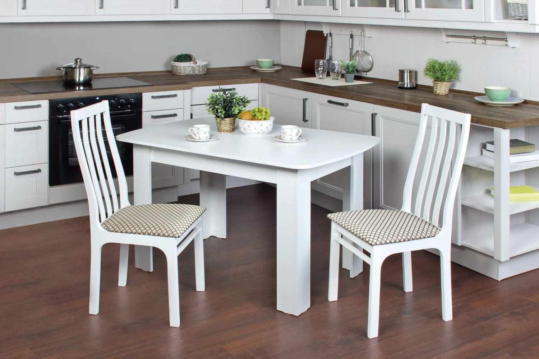 Кухонный стол со стандартной глубиной