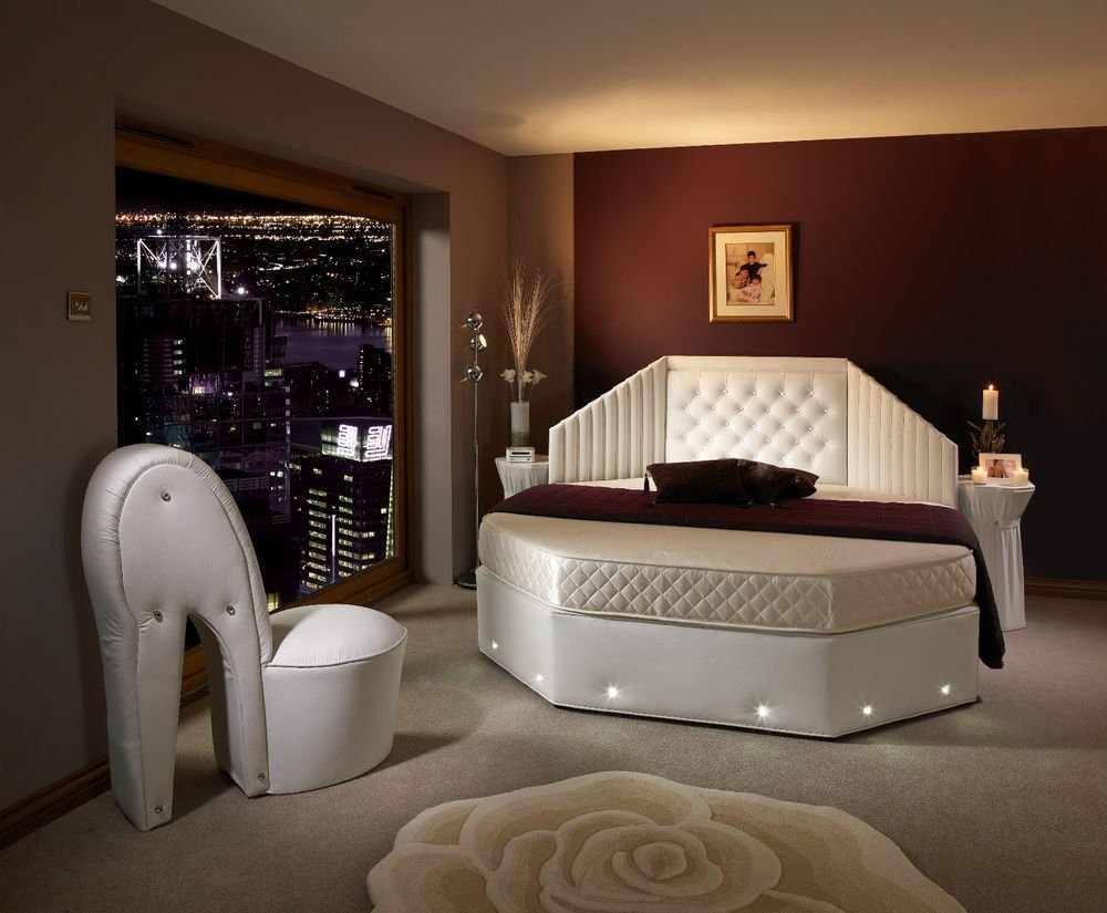 Кровать многоугольник