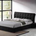 Большая кровать в стиле минимализм