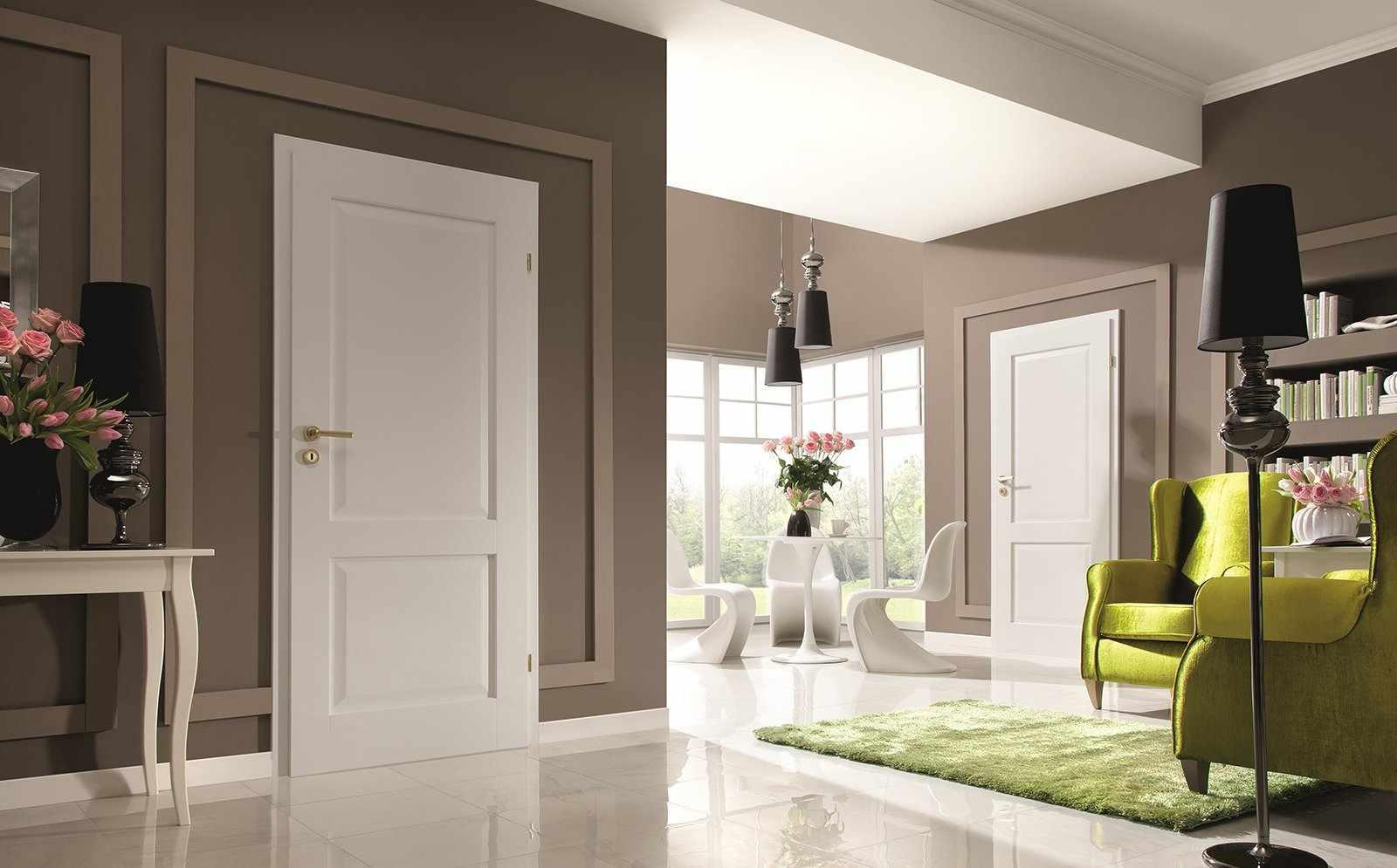 Интерьер со стандартными межкомнатными дверями