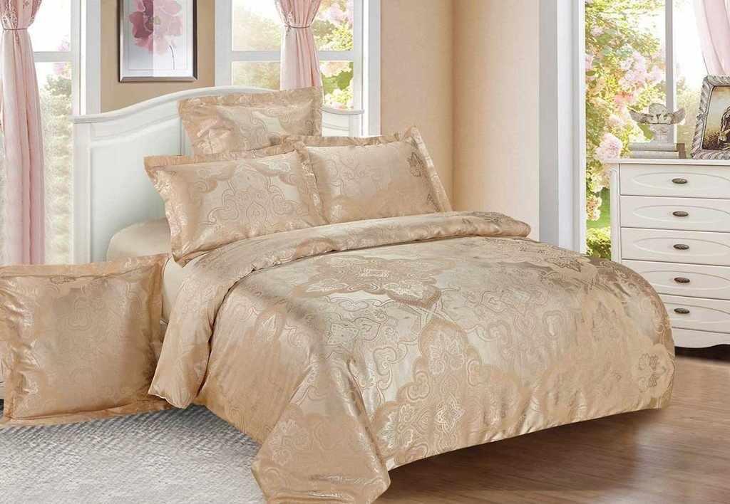 Готовое постельное белье