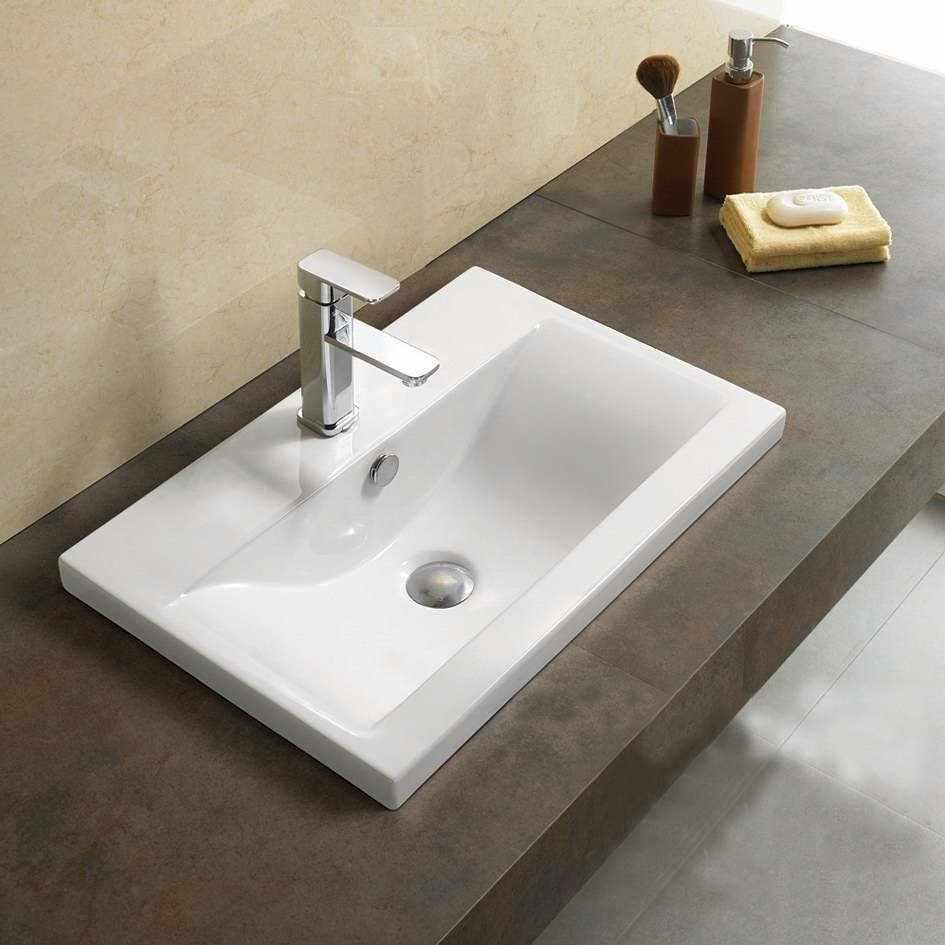 Глубокая раковина в ванной