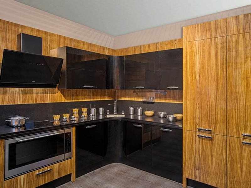 Лакирование кухонного фасада