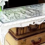 Отреставрированный стол