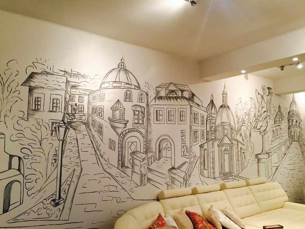 Художественная роспись в гостиной