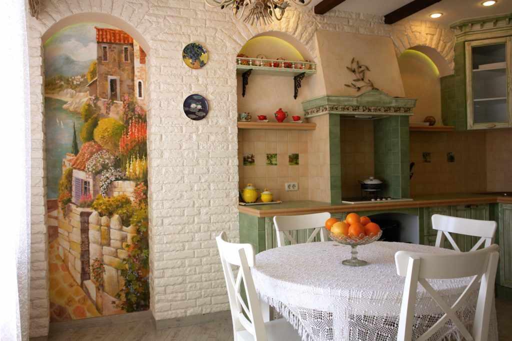 Художественная роспись на кухне