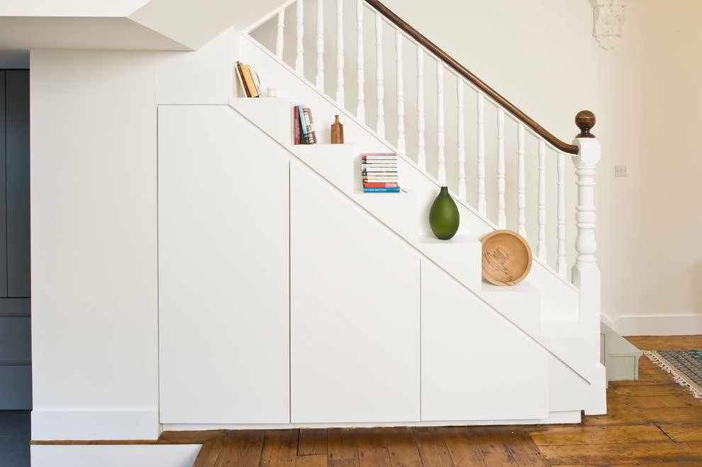 Декор на лестнице