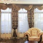 Гостиная и шторы