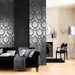 Черные и с серебрянным узором японские шторы