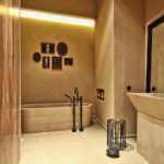 Напольный кран в ванной