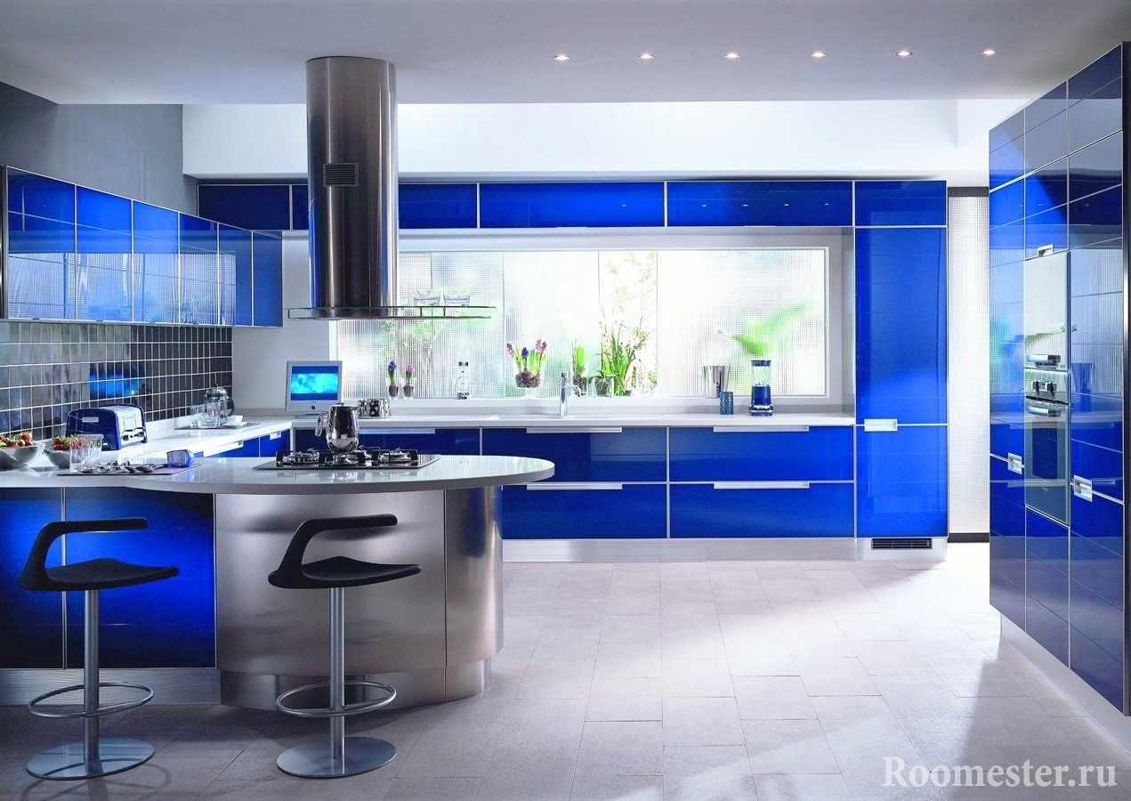 Фасады кухни в синем цвете
