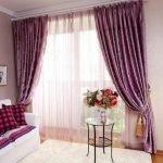 Сиреневый текстиль в гостиной