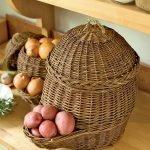 Овощи в корзинах