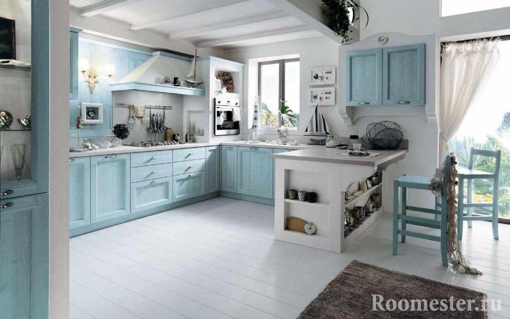Бело-бирюзовая кухня