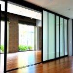 Двери и стены из стекла