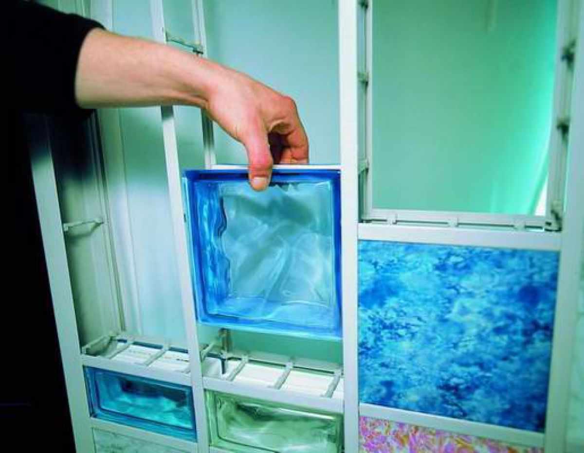 Каркасный монтаж стеклоблоков
