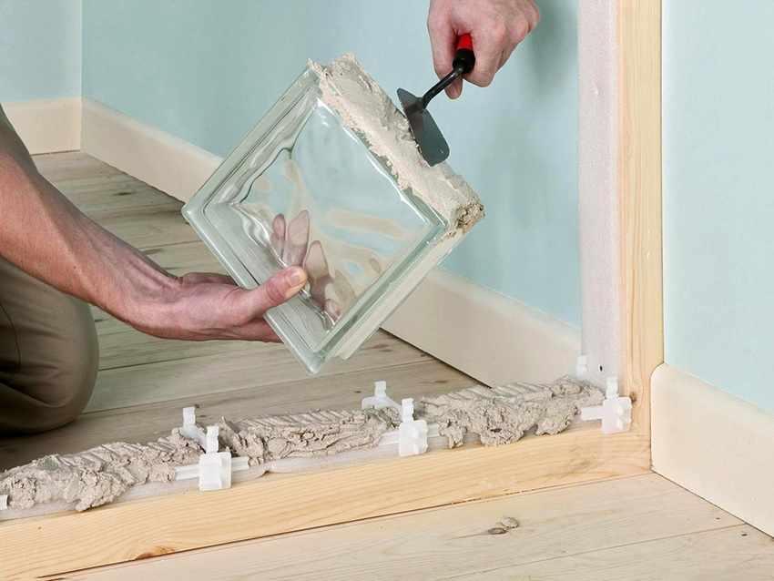 Монтаж стеклоблоков на раствор