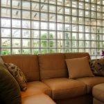 Интерьер с угловым диваном
