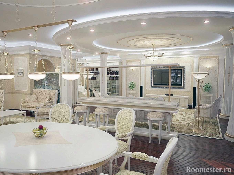 Потолок с узорами и подсветкой