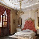 Зеркала у кровати в спальне