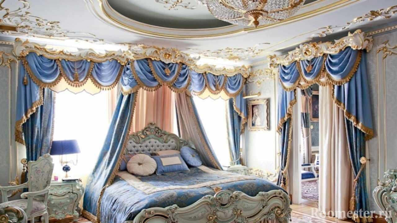 Спальня с бело-синим интерьером