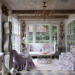 Старинная мебель в интерьере