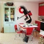Красный цвет в кухне в стиле китч