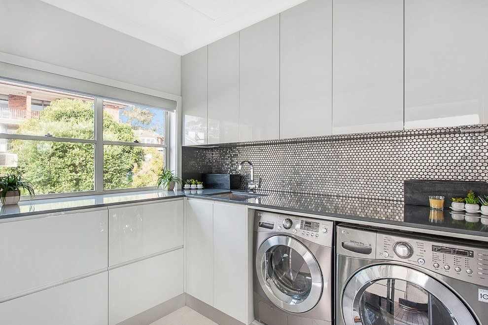 Частичное встраивание стиральной машинки