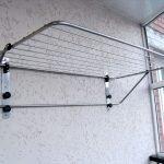 Способы установок сушилок на балкон