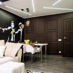Узоры с подсветкой на потолке