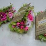 Книги с цветами