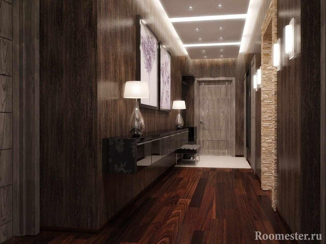 Прихожая со светлой плиткой и коридор с ламинатом