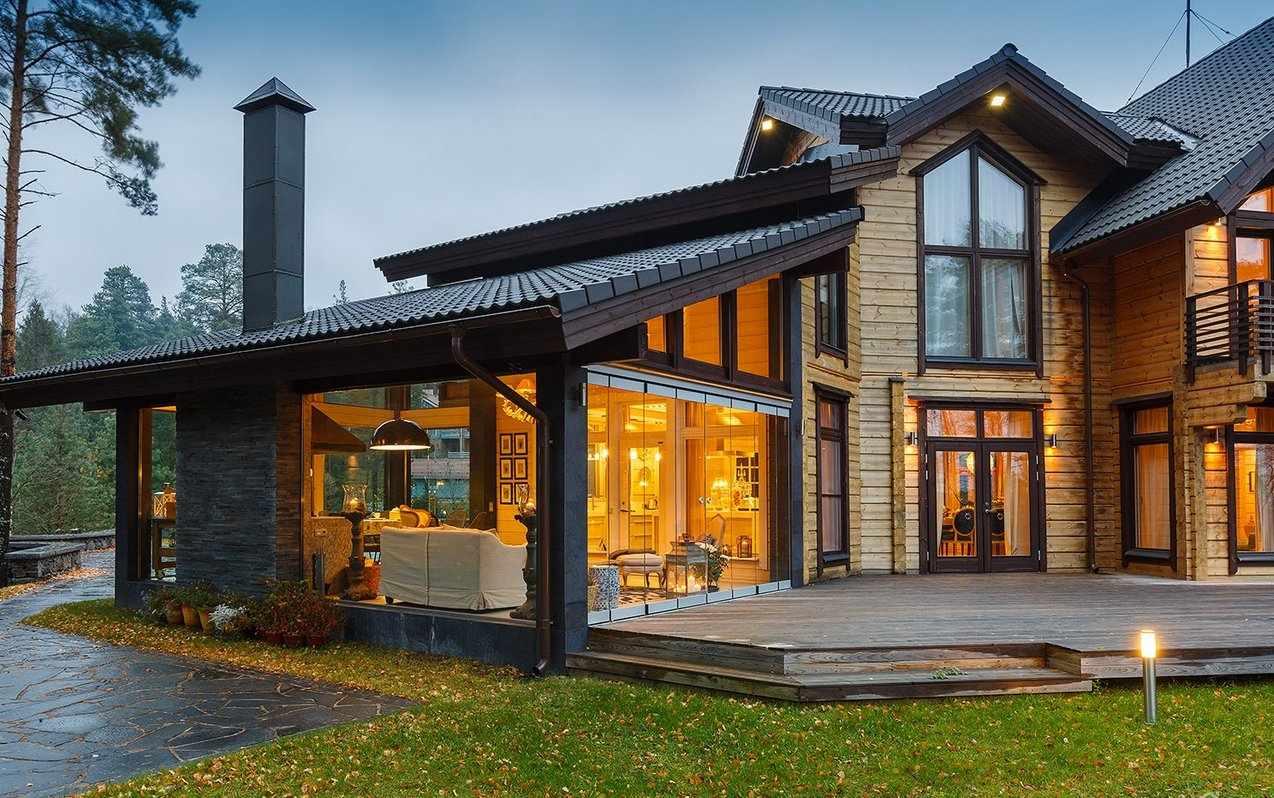 Дом с современной террасой