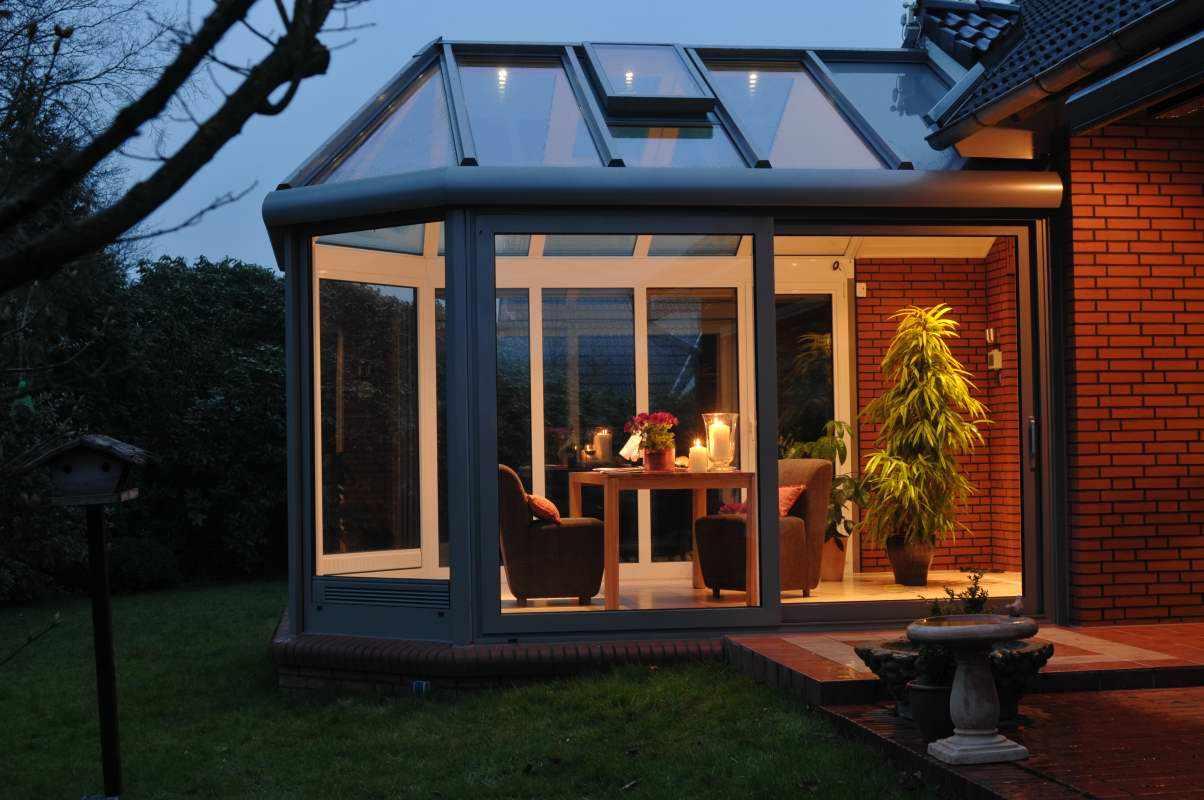 Дом со стеклянной террасой