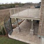 Винтовая лестница на балконе