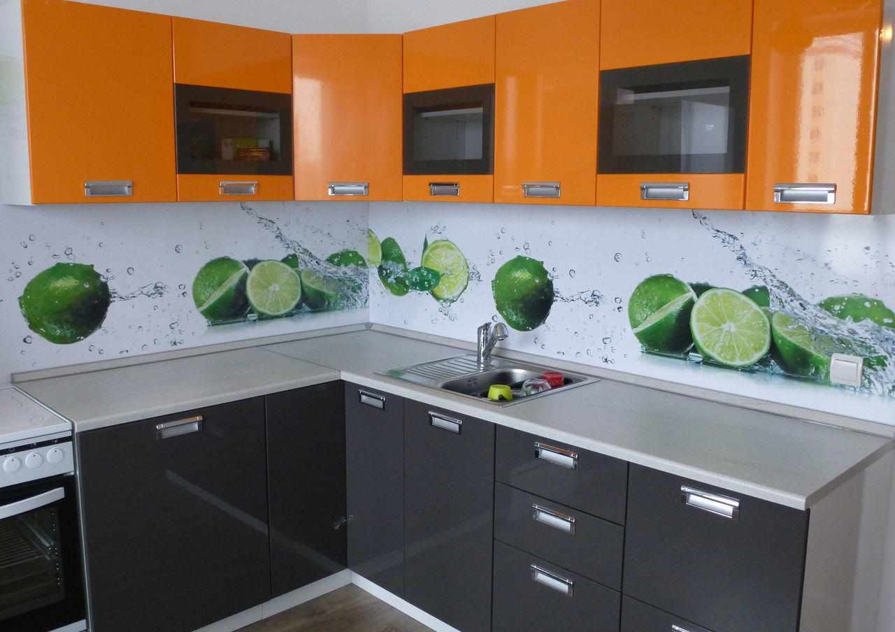 Оранжевая кухня