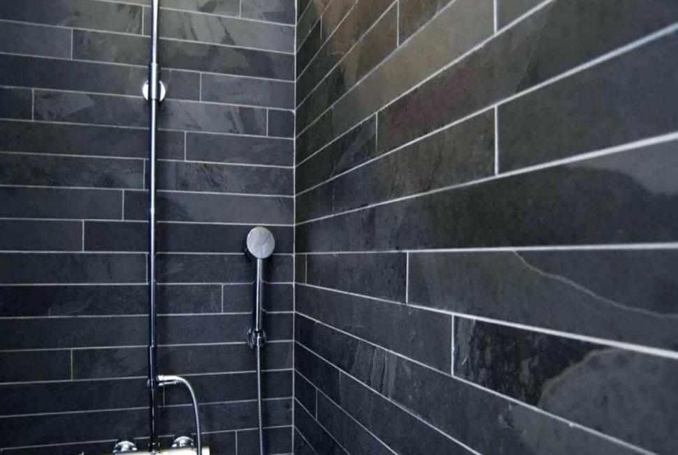 Плитка вразбежку в ванной