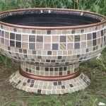 Вазон украшенный мозаикой
