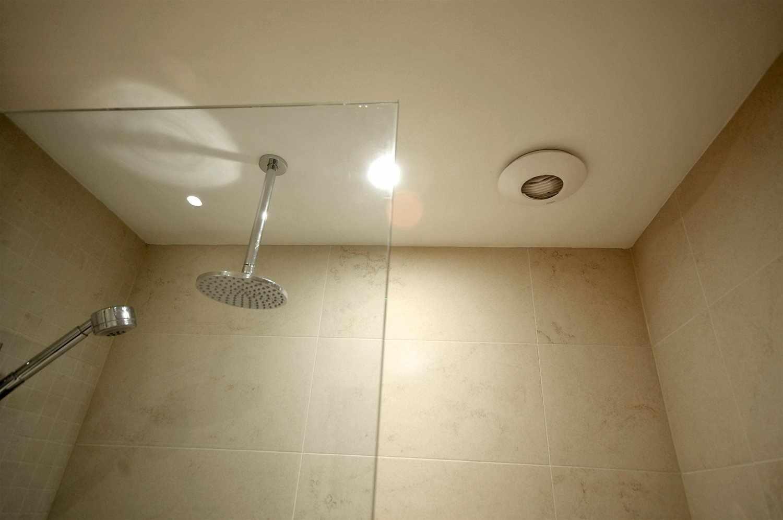 Круглая вентиляция в ванной