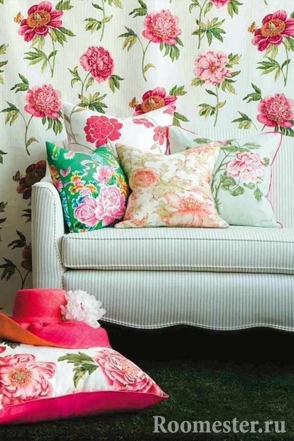 Текстильные аксессуары с цветочным рисунком