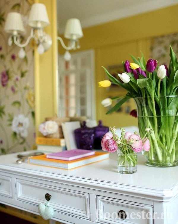 Тюльпаны- весенние цветы
